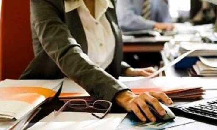 Τι αλλάζει στις βεβαιώσεις αποδοχών εργαζομένων από επιχειρήσεις στην Εφορία