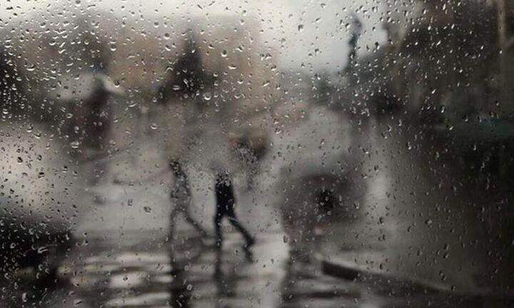 Iσχυρές βροχές και καταιγίδες στα δυτικά και στο Αιγαίο έως το Σάββατο