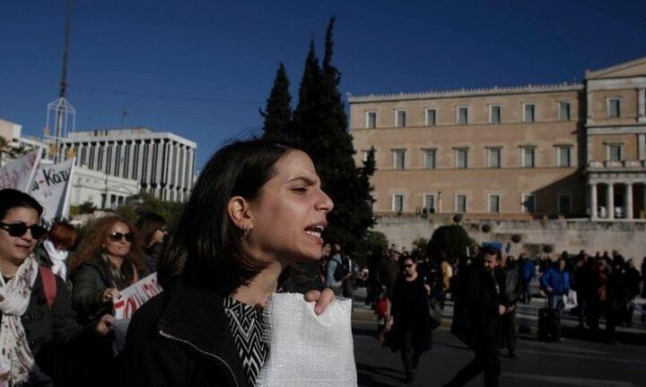 Απεργία, κινητοποιήσεις και συγκεντρώσεις για το Ασφαλιστικό-Χωρίς ΜΜΕ η Αθήνα