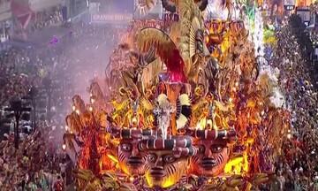 Εντυπωσιακές σκηνές από το Καρναβάλι του Ρίο
