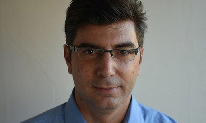 O ΕΦΚΑ, το νέο σύστημα υπολογισμού των εισφορών και τα μπλοκάκια