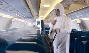 Σε αναταράξεις οι αεροπορικές εταιρείες λόγω της επιδημίας