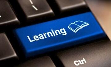 Την εξ αποστάσεως εκπαίδευση ενεργοποιεί το υπουργείο Παιδείας