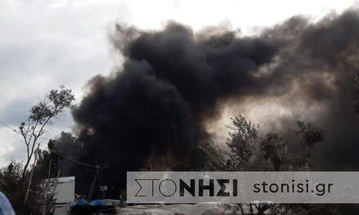 Ένα παιδί νεκρό σε πυρκαγιά στη Μόρια