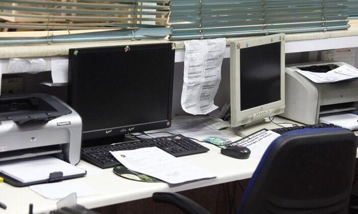 H εγκύκλιος Θεοδωρικάκου για την εργασία των υπαλλήλων του Δημοσίου λόγω κορονοϊού