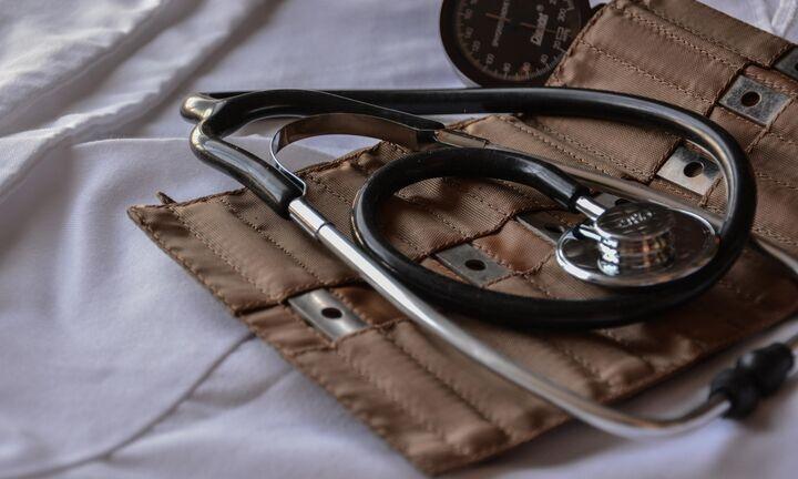 Σε 352 τα κρούσματα - Διασωληνωμένοι εννέα ασθενείς