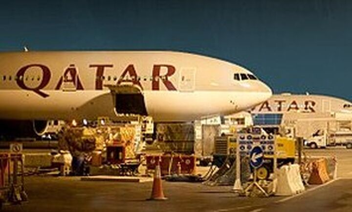 Η Qatar Airways απέλυσε 200 εργαζόμενους. Η Emirates ζήτησε άδεια άνευ αποδοχών