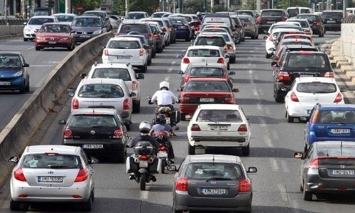 Κορονοϊός: Τι πρέπει να κάνουμε κάθε φορά που μπαίνουμε στο αυτοκίνητό μας