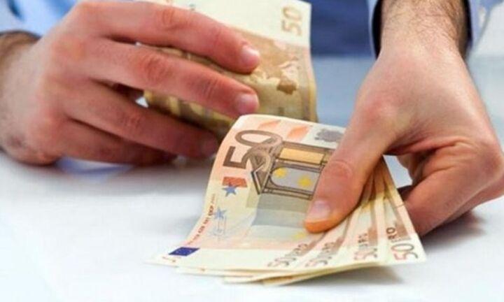 Επίδομα 800 ευρώ στους εργαζόμενους που θα «παγώσει» η σύμβασή τους
