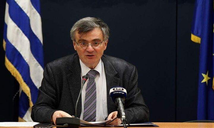 Στηρίζουν τα μέτρα οι πολίτες - Σταρ ο Τσιόδρας