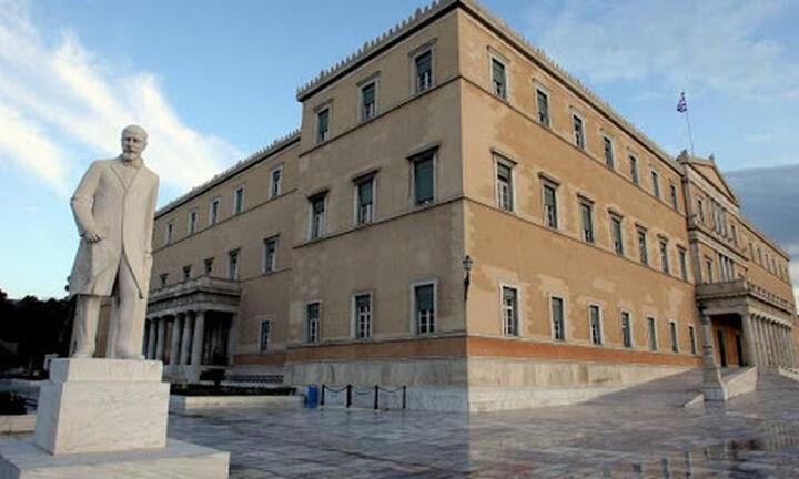 Γραφείο Προϋπολογισμού: Πρόσθετα μέτρα για συγκράτηση της ύφεσης και της ανεργίας