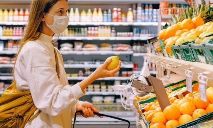 Κορονοϊός: Οι οδηγίες ΠΟΥ-ΟΗΕ για τρόφιμα και καταναλωτές