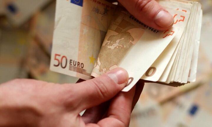 Νέα έρευνα: Τα χαρτονομίσματα του ευρώ μολύνονται πιο εύκολα σε σχέση με τα κέρματα