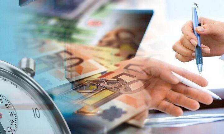 Βήμα προς βήμα η αίτηση για τα 800 ευρώ από τους επαγγελματίες (video)