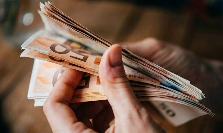 Και άλλοι για τα 800 ευρώ