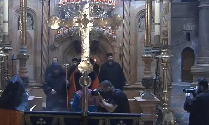 Σε εξέλιξη η τελετή αφής του Αγίου Φωτός στην Ιερουσαλήμ (ζωντανή μετάδοση)