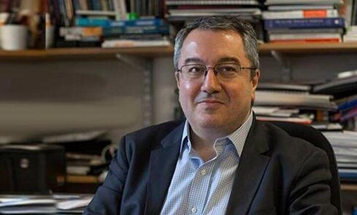 Μόσιαλος: Γιατί αμφισβητώ τη μελέτη Στάνφορντ-Πειθαρχία και μετά την άρση μέτρων