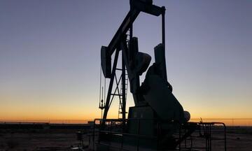 Πάνω από τα δέκα δολάρια το πετρέλαιο