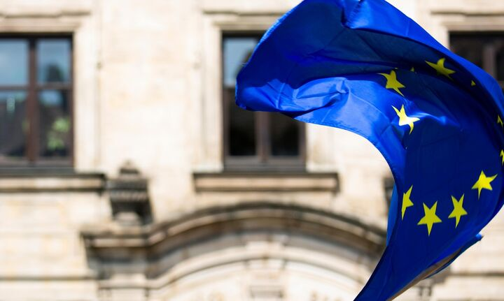 Υπό συζήτηση «μπαζούκα» δυο τρισεκατομμυρίων ευρώ