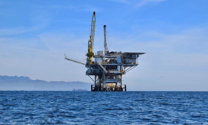 Νέα βουτιά για το πετρέλαιο