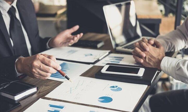 Οκτώ στις δέκα επιχειρήσεις περιμένουν μείωση εσόδων