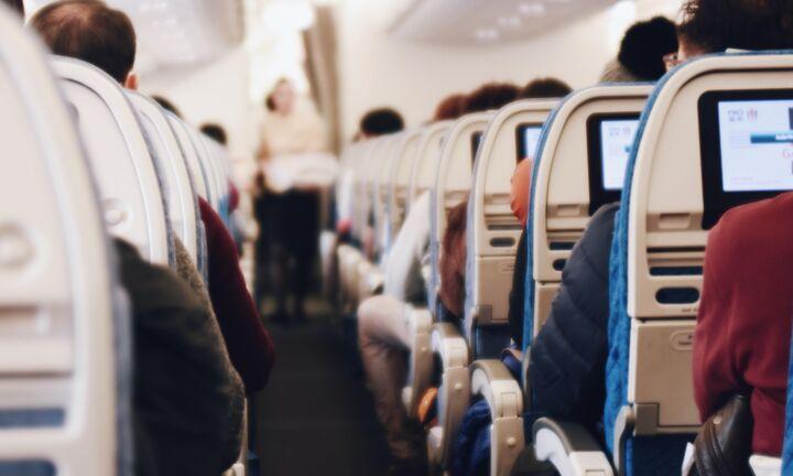 Κομισιόν για τουρισμό: Εθελοντική η ιχνηλάτηση επαφών, πώς θα γίνονται οι μετακινήσεις
