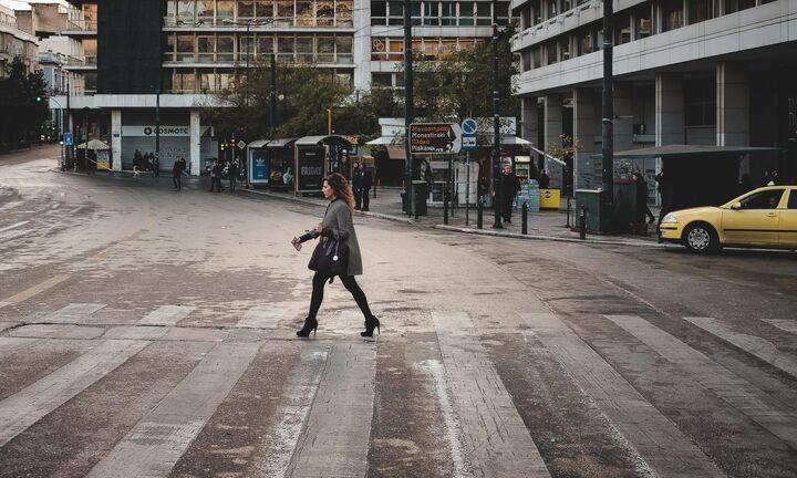 «Στενεύουν» οι δρόμοι της Αθήνας για τα ΙΧ - Υπουργική απόφαση για ποδηλατοδρόμους στο κέντρο