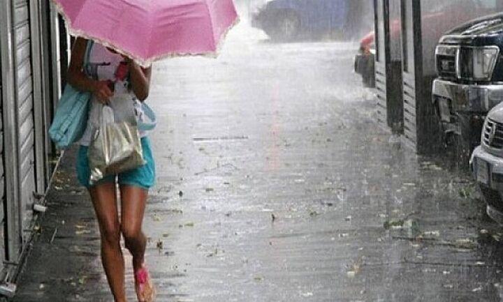 Κι όμως, νέα επιδείνωση του καιρού: Εβδομάδα με βροχές, καταιγίδες και πτώση της θερμοκρασίας