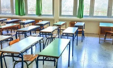 Μειωμένο ωράριο και άδεια ειδικού σκοπού και στον ιδιωτικό τομέα για γονείς με μαθητές