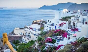 Η Ελλάδα «ανοίγει» για τουρίστες από 29 χώρες