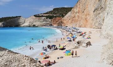 Νέα υπουργική απόφαση για παραλίες: Συνεχίζεται η... σιγή των μπιτς μπαρ