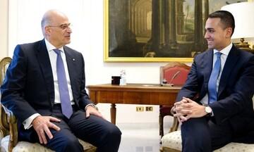 Η Ελλάδα υπογράφει ΑΟΖ με την Ιταλία