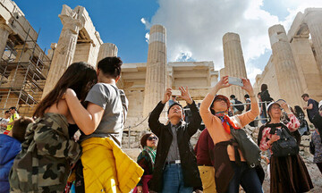 Bloomberg: H επιτυχής διαχείριση του κορονοϊού από την Ελλάδα ανταμείβεται