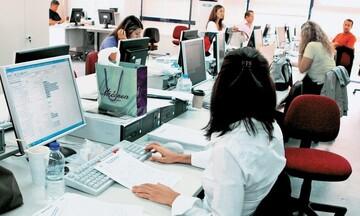 ΕΛΣΤΑΤ: Μείωση 23,5% των κενών θέσεων εργασίας το α' τρίμηνο