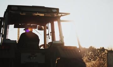 Αναστολή του τέλους επιτηδεύματος για τους αγρότες το 2019