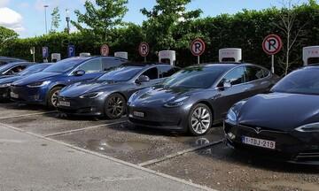 Η  Tesla προσπέρασε σε κεφαλαιοποίηση την  Toyota