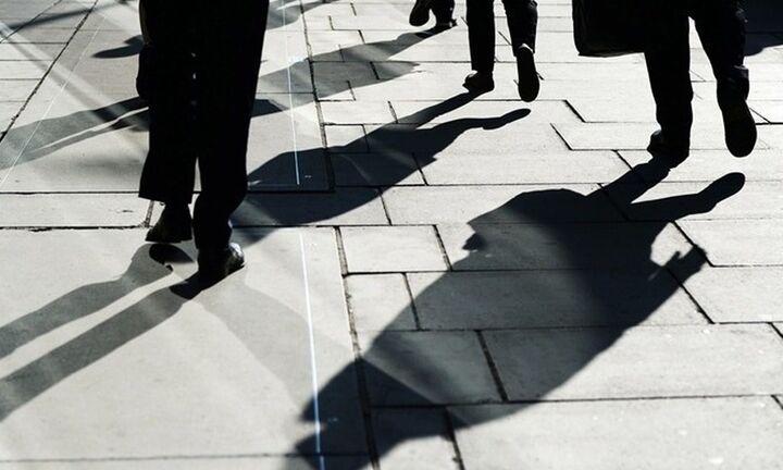 ΔΝΤ: Η πανδημία μεγαλώνει το οικονομικό χάσμα μεταξύ ανδρών και γυναικών