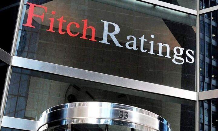 Σταθερή βαθμολογία από τον οίκο Fitch - Έλλειμμα 7,8% και ύφεση 7,9% προβλέπει για φέτος ο οίκος