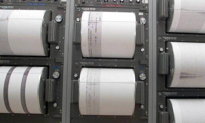 Σεισμός 5,7 Ρίχτερ αισθητός στην Αθήνα