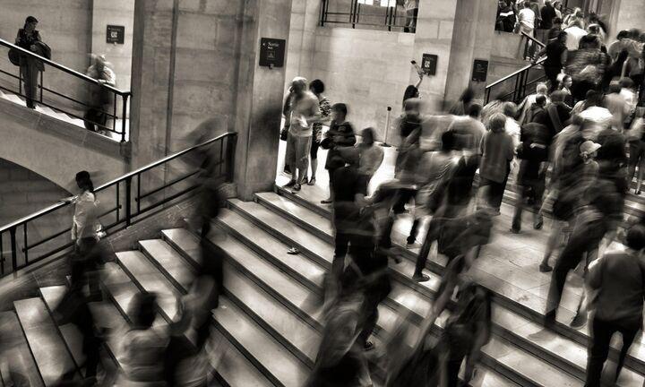 Στο τραπέζι επιπλέον μέτρα για τον κορονοϊό – Τι ισχύει στο Δημόσιο