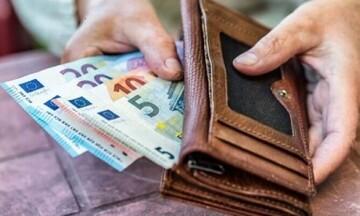 Εδώ και τώρα τα αναδρομικά στους συνταξιούχους για να πέσει χρήμα στην αγορά