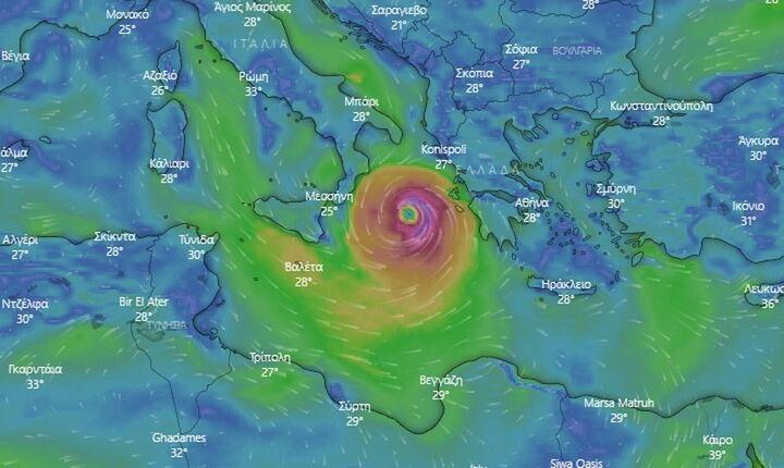 Κακοκαιρία «Ιανός»: Ο μεσογειακός κυκλώνας αγγίζει τη Δυτική Ελλάδα