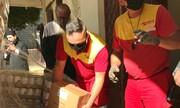 Τρόφιμα από την Interamerican στους πλημμυροπαθείς της Καρδίτσας