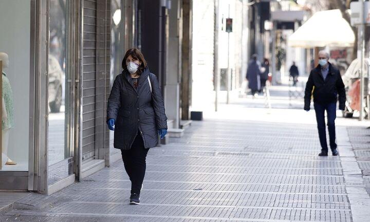 Γώγος: Μάσκα παντού μέσα και έξω - «Η κατάσταση έχει ξεφύγει»