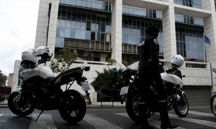 Περισσότεροι από 2.000 αστυνομικοί στα μέτρα για την απόφαση στη δίκη της Χ.Α.