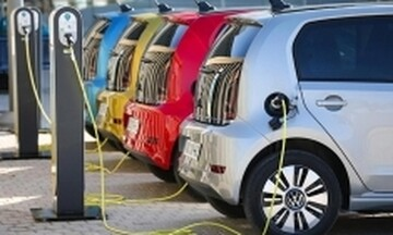 LeasePlan: Οικονομικότερη χώρα για ηλεκτρικό αυτοκίνητο η Ελλάδα