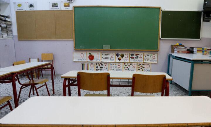 Πρόσληψη 2.800 ψυχολόγων και κοινωνικών λειτουργών στα σχολεία