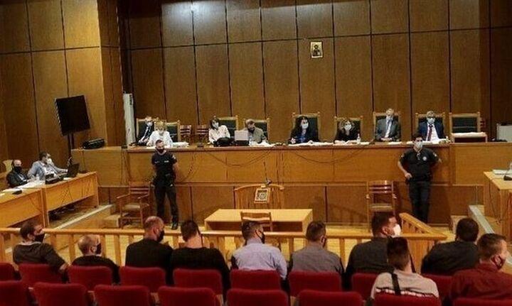 Δίκη ΧΑ: Πρόταση εισαγγελέως για αναστολή εκτέλεσης ποινών για όλους πλην Γ. Ρουπακιά