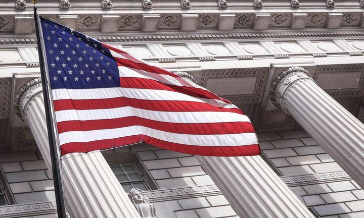 Ανοίγουν οι κάλπες στις ΗΠΑ – Προβάδισμα Μπάιντεν