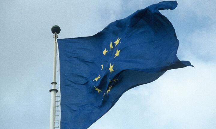 Πράσινο φως από Κομισιόν για την εκταμίευση 765 εκατ. ευρώ μέσω ESM